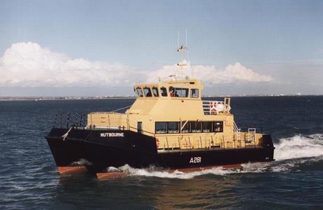 18m Crew Boat